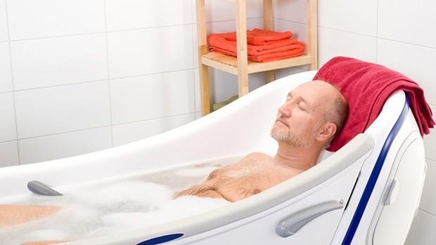 Tắm nước nóng giúp làm giảm đường huyết